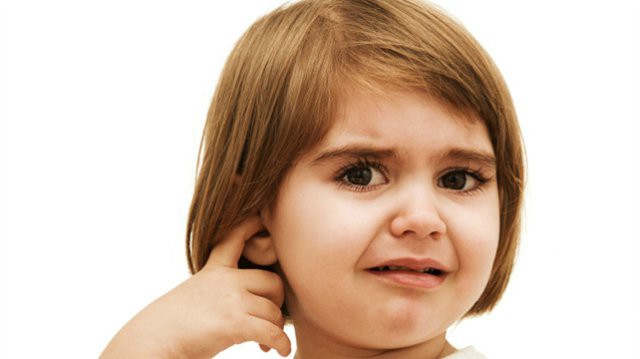 Ear drops with ear congestion. Causes and treatment of ear congestion